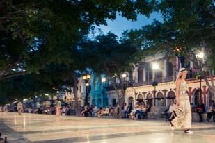 CHANEL_Cruise_Cuba_Show-71